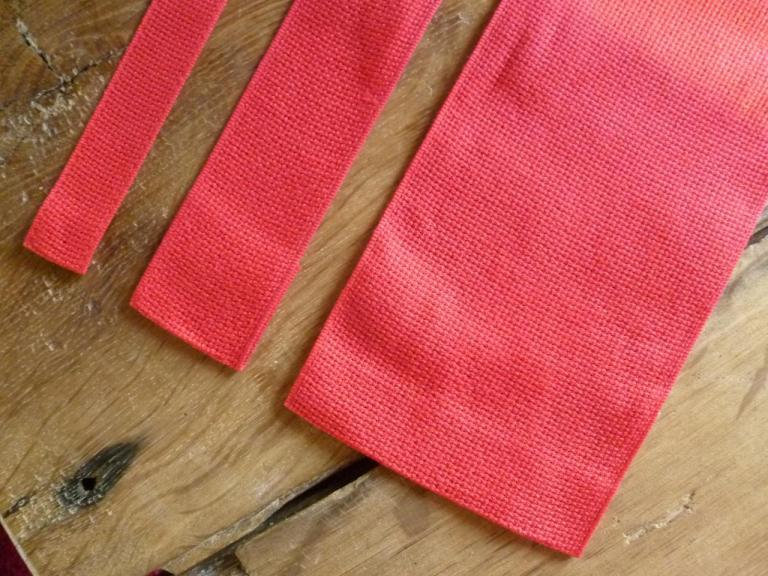 Bande à Aïda 5.5 Rouge en 2cm, 4cm, 10cm Rico Design