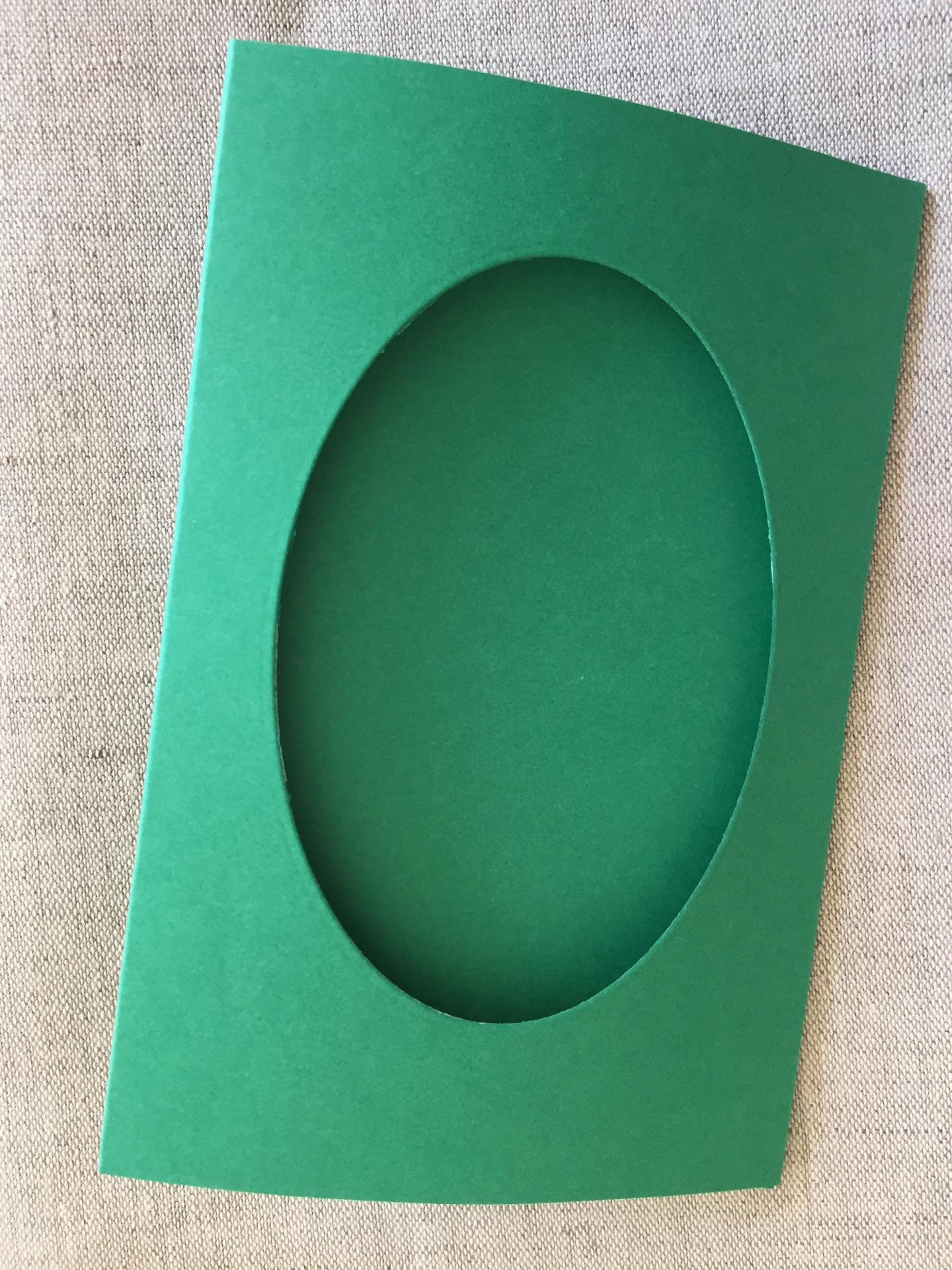 Carte ovale vert bouteille