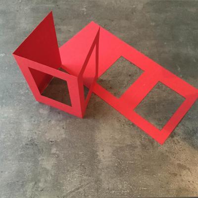 Carte Rouge Double Fenêtre Rectangulaire