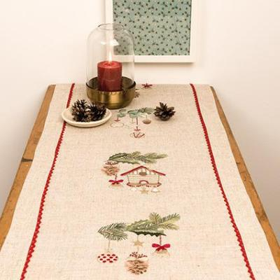 Kit Broderie Chemin de Table Mangeoire 31208.52.18