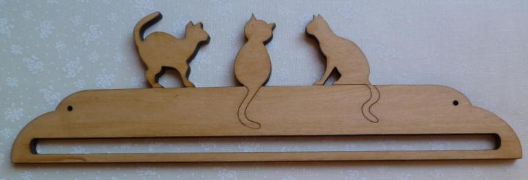 Cintre 3 Grands Chats en bois