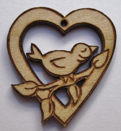 coeur-ajoure-et-oiseau.jpg