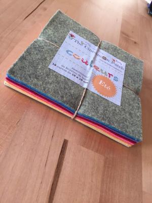 Assortiment de feutrine de laine 12 carrés de 15 x 15 cm ETE