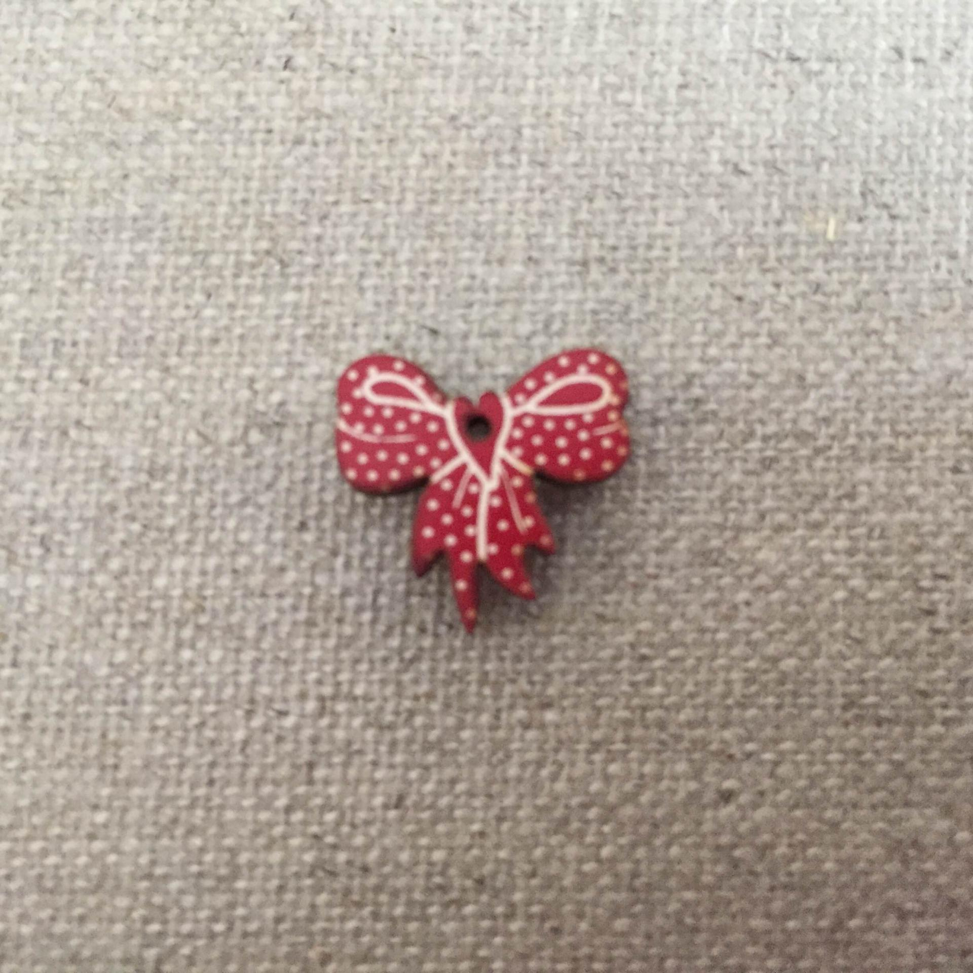 Mini noeud rouge