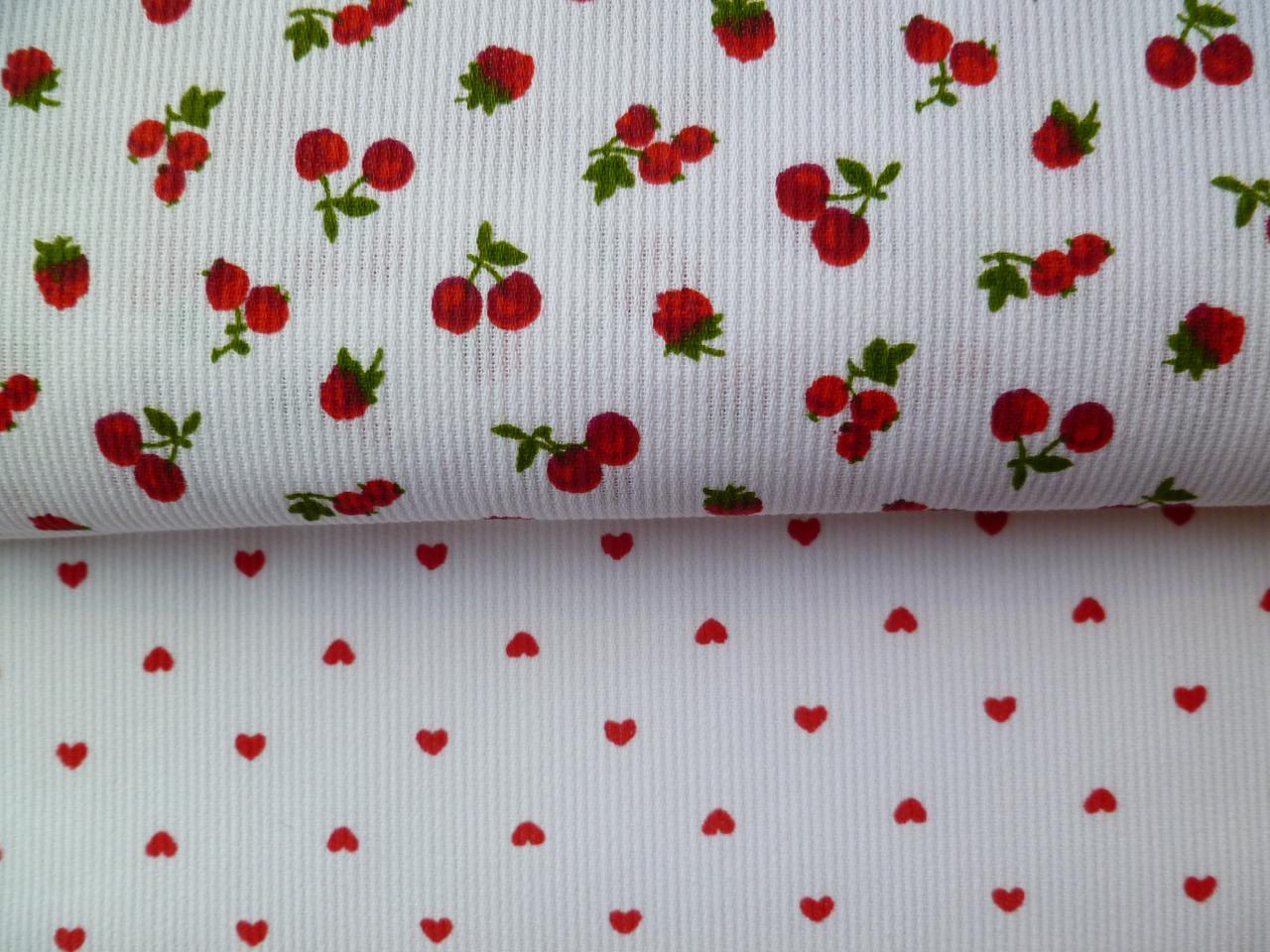 pique-de-coton-coeur-et-fruits-rouge.jpg
