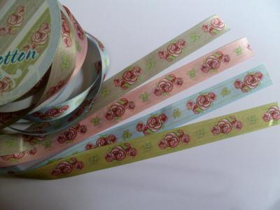 Bobine de 3 mètres Ruban satin double face à Fleurs Roses 20mm