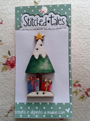 Sapin de Noël avec des Cadeaux B439-2 Cadeaux Bleu et Rouge