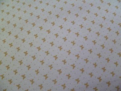 Tissu Tons sur Tons Blanc Papillon Beige