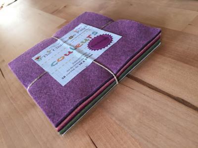 Assortiment de feutrine de laine 12 carrés de 15 x 15 cm VENDANGES