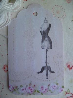 Etiquette Message Mannequin Couture