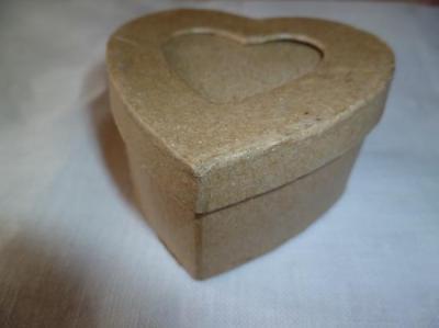 Boite Coeur en Carton PW International