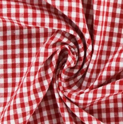 Tissu à Broder Hofer Tissu Carré 5x5 mm Rouge