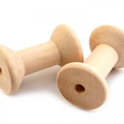 Bobine en bois Ø 3x4,8 cm