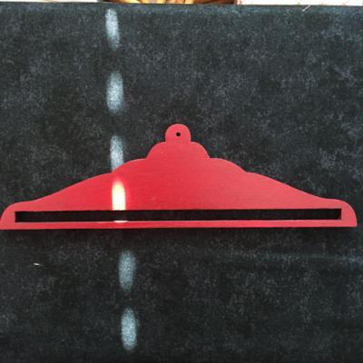 Cintre Rouge 17cm