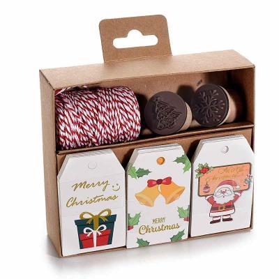 Kit de 30 Etiquettes couleur pour cadeaux de Noel avec cordon et 2 tampons