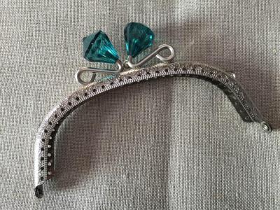 Fermoir Porte Monnaie Nickel avec Diamant en Cristal  Vert Bouteille 12,5cm