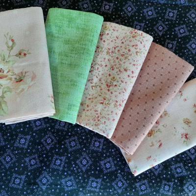 5 Coupons de Tissus Imprimés Roses