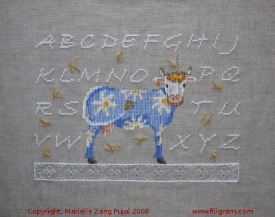 Majuscules abc little cow a14