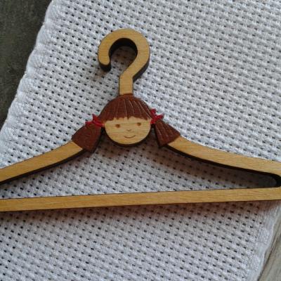 Mini Cintre Petite fille 7 cm
