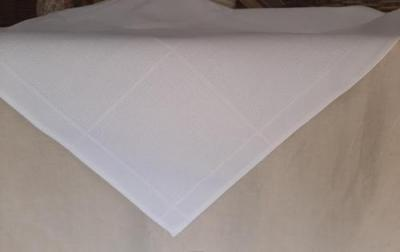 Nappe a broder 90x90 4