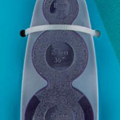 Outil universel pour boutons à recouvrir de Ø11 à 29 mm