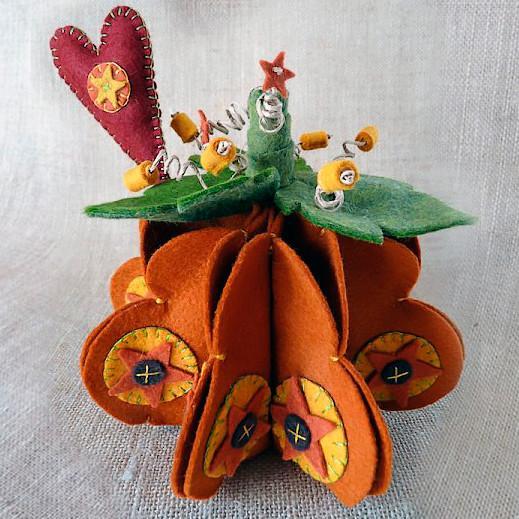 Pumpkin spice woolfelt kit feutrine cinnamonpatch