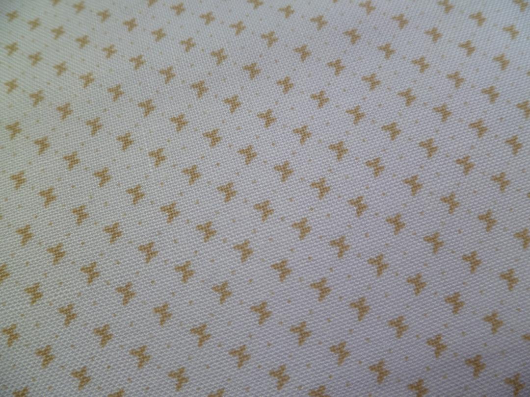 tons-sur-tons-blanc-papillons-creme.jpg