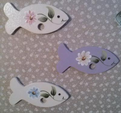 Poisson Ecru , Marguerite bleu ou rose