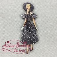 Dame Robe à Volants et Pois VI-40 - Atelier Bonheur du jour